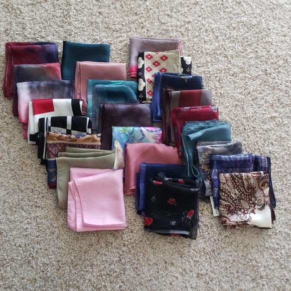 Accessories - Lot of 25 Small Square Silk Scarves